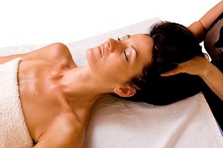 Post-Pregnancy-Hair-Massage