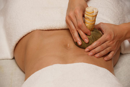 herbal-compress-ball-treatment